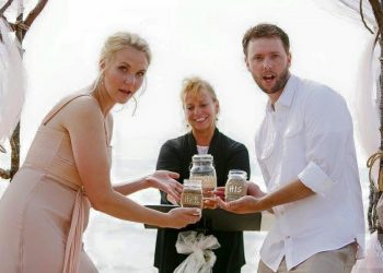 sand wedding ceremony